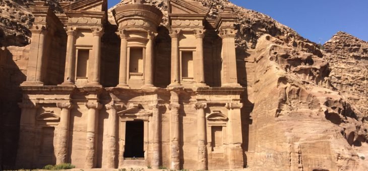 Your Guide to PETRA – by Night and Day !
